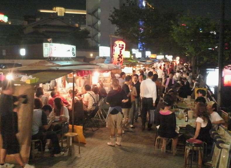 福岡の外国人カップルに色々刺激を受けます