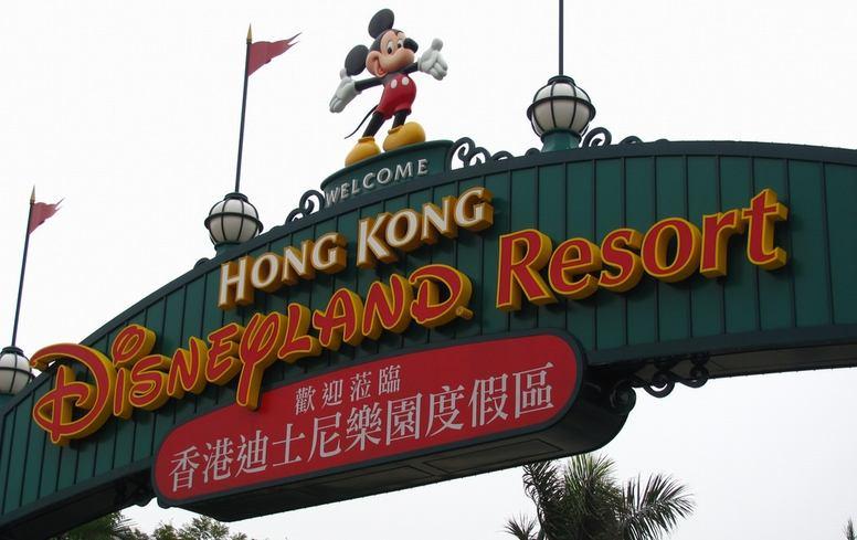 香港のカップルのペアルックがすごい